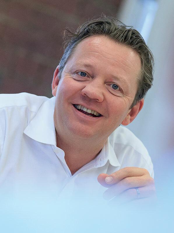 Mr Neil Broekhuizen